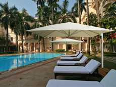 LARGE PATIO UMBRELLAS for COMMERCIAL USE by UHLMANN